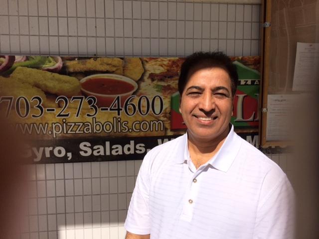 Feeling for Halal Pizza & Subs in Fairfax – call Malik Bhai